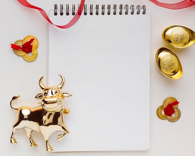 Tradycyjny nowy rok chiński wół pusty notatnik