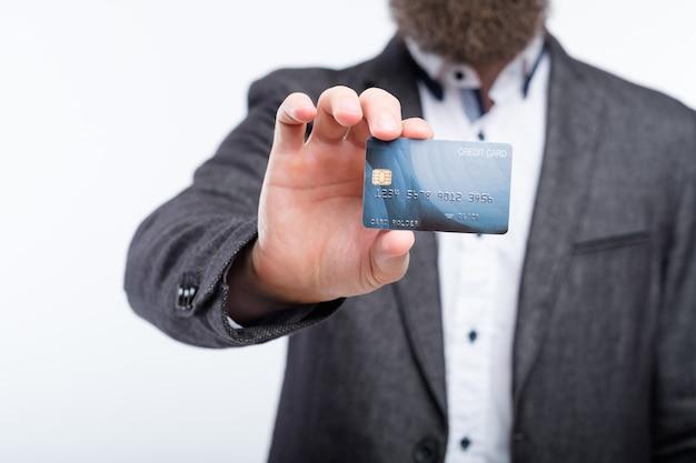 Transakcje Online I Bankowość Za Pomocą Kart Kredytowych. Zarządzanie Pieniędzmi I Finanse. Premium Zdjęcia