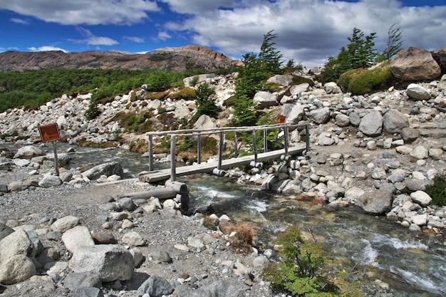 Trekking do fitz roy, el chalten, patagonia, argentyna