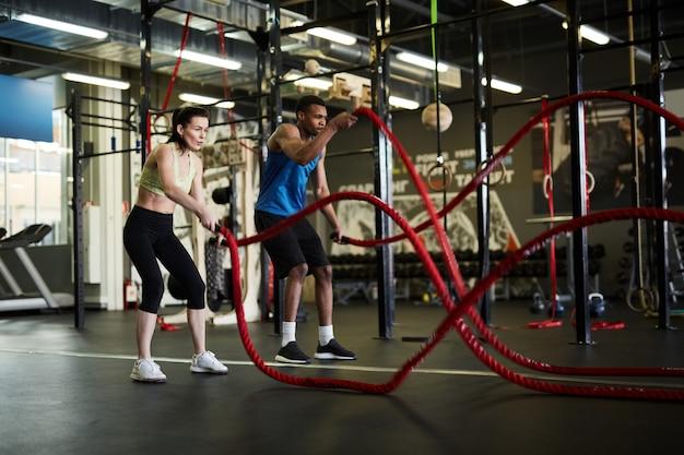 Trening par z linami bojowymi