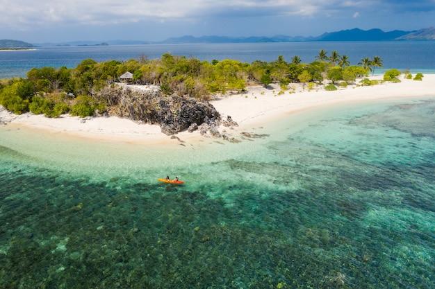Tropikalna plaża w coron, filipiny