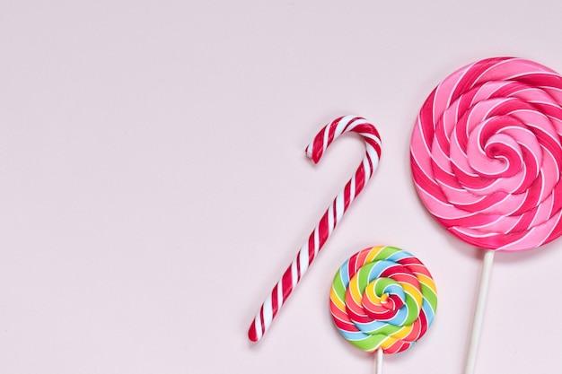 Trzy cukierki po prawej stronie