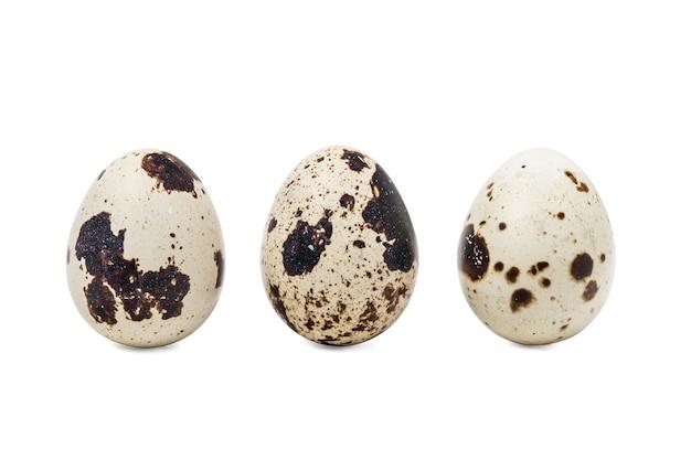 Trzy jaja przepiórcze