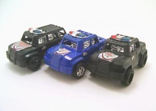 Trzy małe samochody