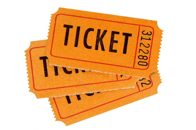 Trzy pomarańczowe bilety na białym tle.
