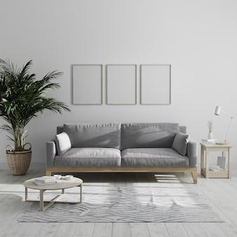 Trzy puste pionowe drewniane ramki na plakat makiety w nowoczesnym minimalistycznym wnętrzu salonu z szarą sofą i palmą