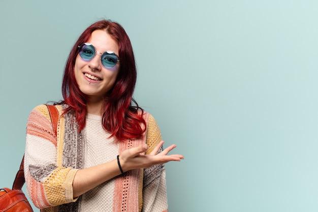 Tty hipis studentka z kopią miejsca