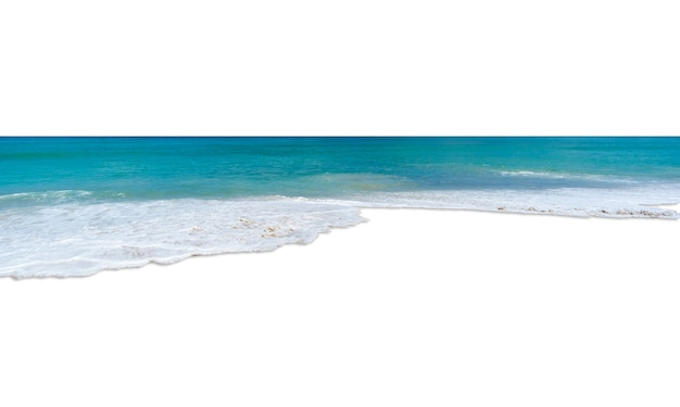 Turkusowe morze na białym tle
