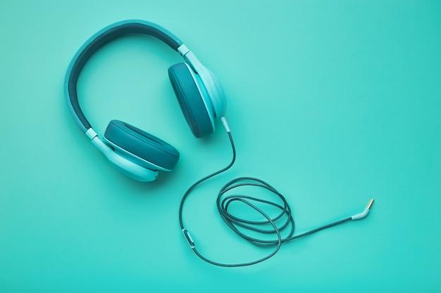 Turkusowe słuchawki