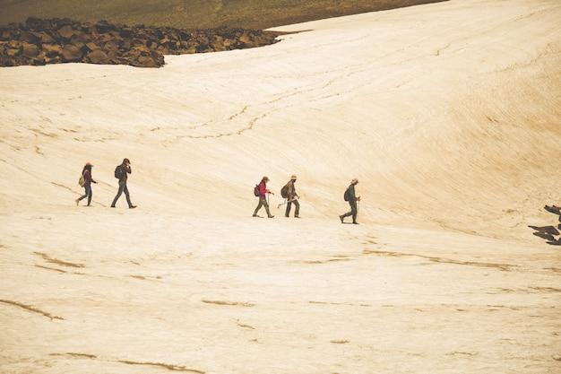 Turystów na górze