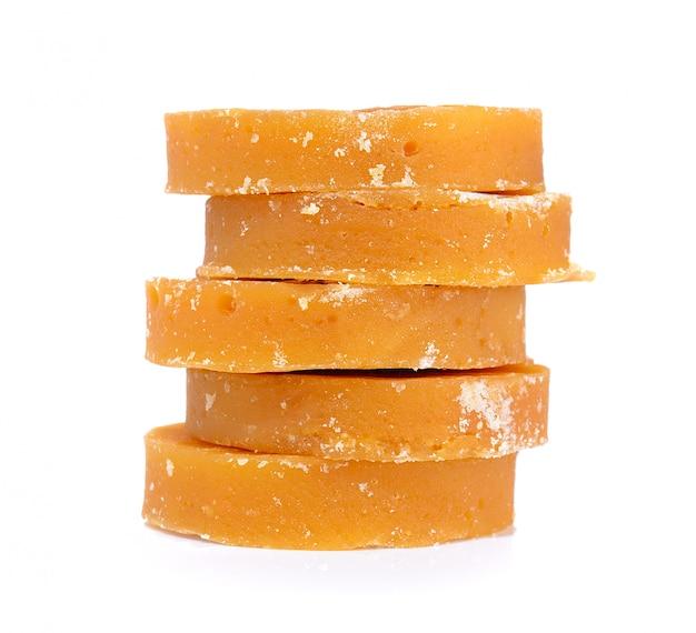Twarda melasa z trzciny cukrowej lub jaggery