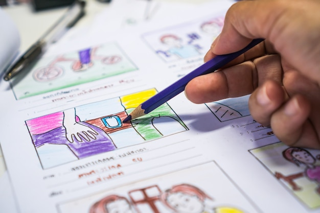 Twórca storyboard lub storytelling rysunek kreatywny do procesu filmowego przedprodukcyjny scenariusz filmów multimedialnych dla edytorów wideo, tworzenie animacji ilustracji kreskówek do kręcenia produkcji