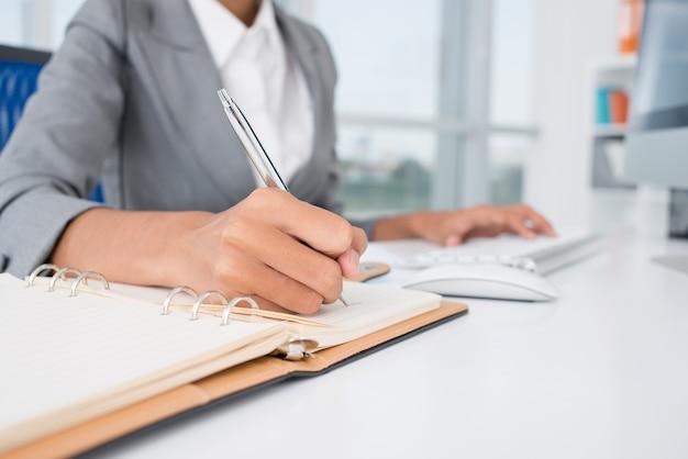 Tworzenie niezbędnych notatek