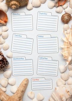 Tygodniowy kalendarz w morskim stylu