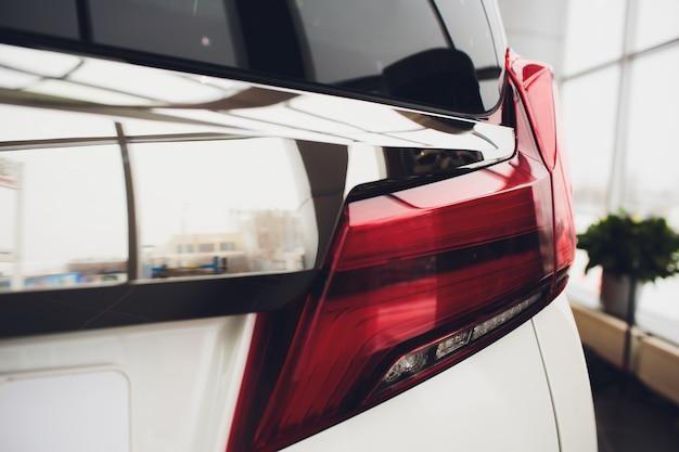 Tylne auto auto w szczegółach tylne światło tylne.