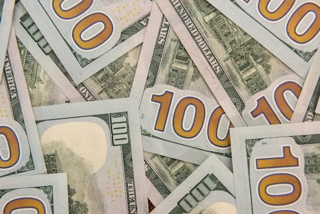 Tylnej stronie banknotów dolarowych usa jako tło. koncepcja finansowa