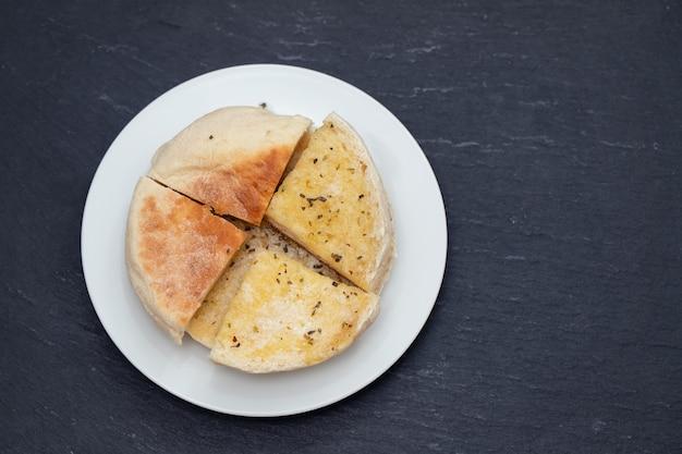 Typowy Portugalski Chleb Madeira Bolo Do Caco Premium Zdjęcia