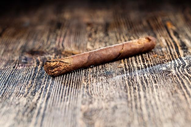 Tytoń z papierosów