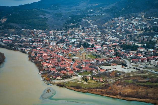 U zbiegu dwóch rzek w mieście mccheta w gruzji