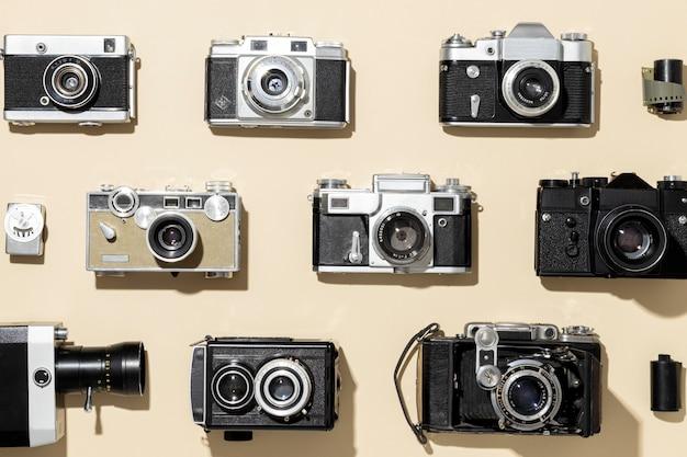 Układ aparatów fotograficznych w stylu vintage