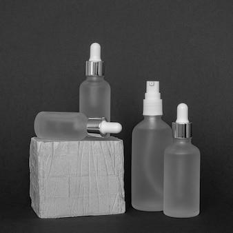 Układ kropelek olejków do skóry