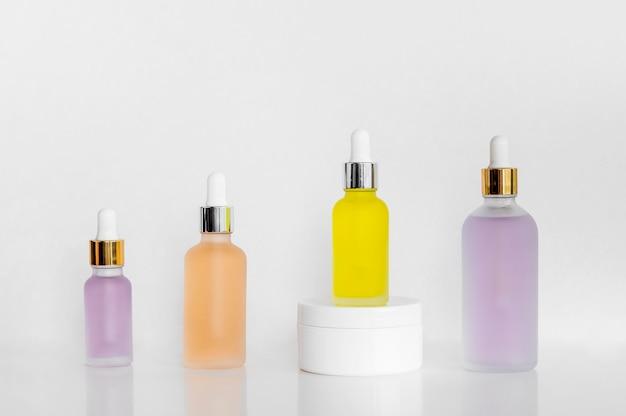 Układ naturalnych olejów z przodu