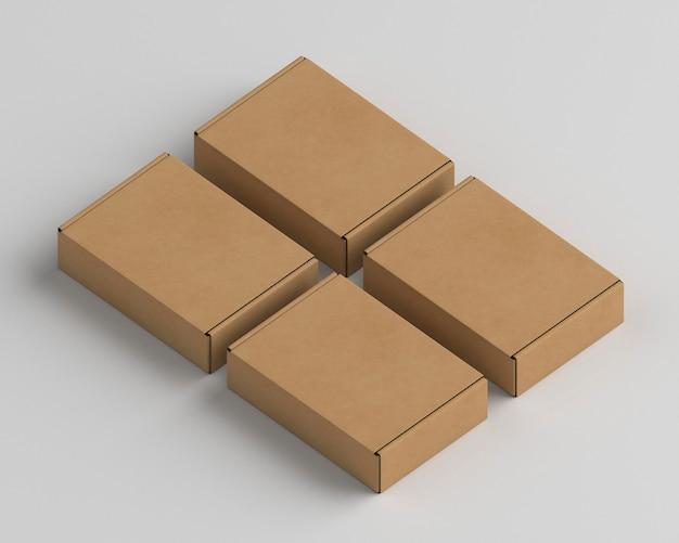 Układ opakowań kartonowych pod wysokim kątem