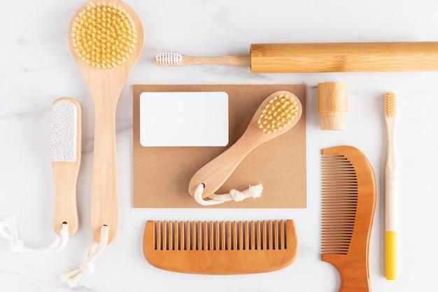 Układ produktów higienicznych na płasko
