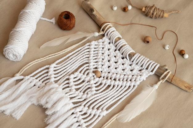 Układ ręcznie robionego przedmiotu makramy