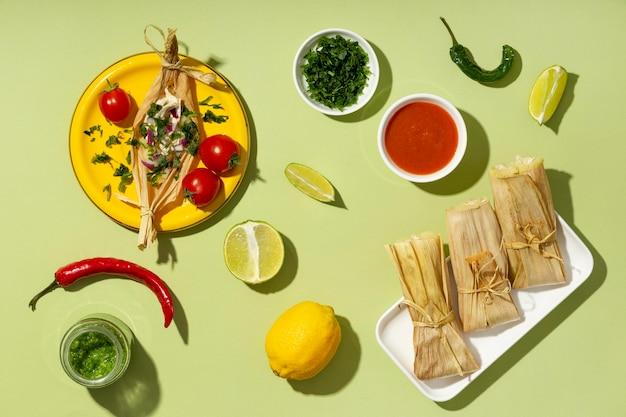 Układ składników tamales z góry