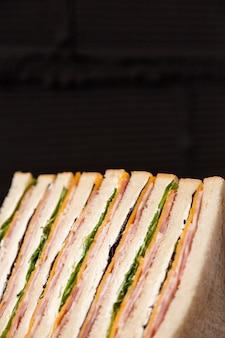 Układ smacznych kanapek