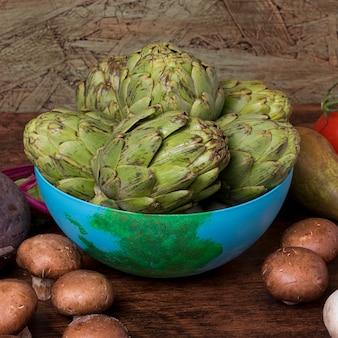 Układ świeżych warzyw pod dużym kątem