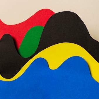 Układ widoku z przodu kształtów olimpijskich w stylu papieru