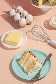Układanie ciasta i składników pod wysokim kątem