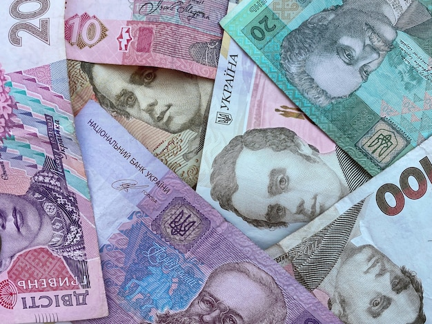 Ukraiński tekstury pieniądze z różnych notatek. ukraińska waluta.