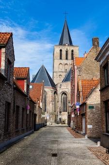 Ulica w brugii (brugge), belgia, europa