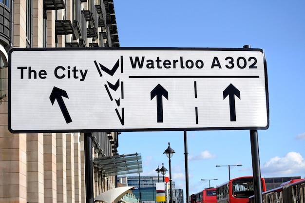 Ulica znak w londynie