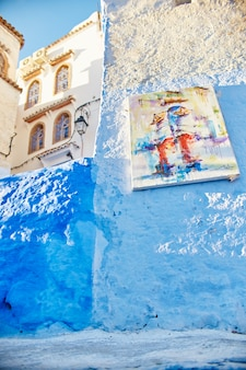 Ulice rynku pomalowane na niebiesko