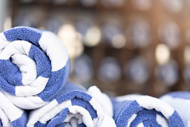 Ułożone ręczniki
