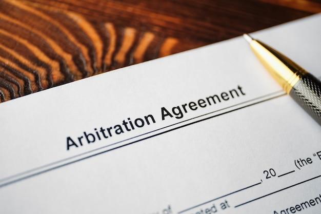 Umowa o arbitraż z piórem