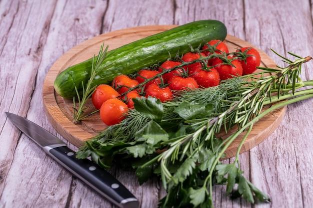 Umyte warzywa do przygotowania sałatki