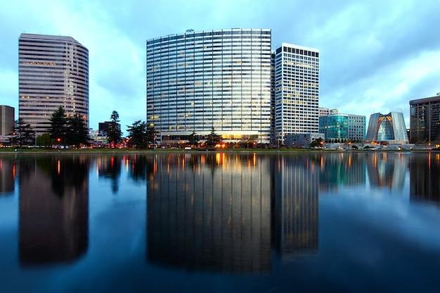 Urban oakland w stanie kalifornia chmury niebo miejski miasta