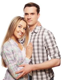 Urocza szczęśliwa para przytulanie