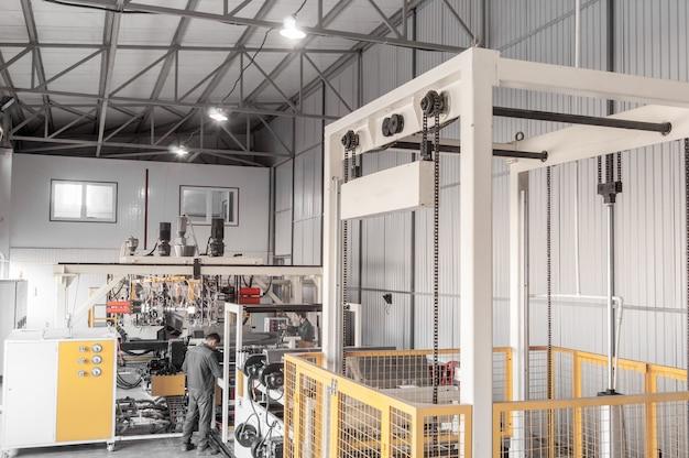 Urządzenia do produkcji i wytwarzania wytrzymałego polietylenu i polipropylenu do pakowania