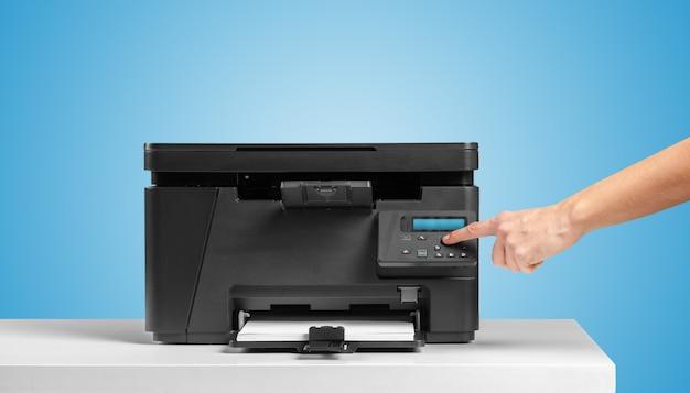 Urządzenie kopiujące drukarkę