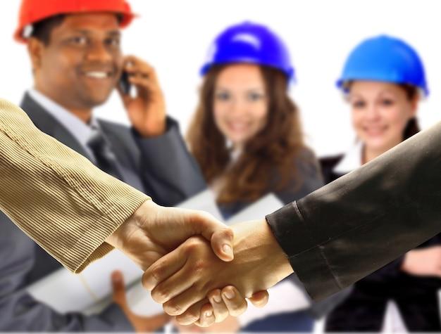 Uścisk dłoni. zawarcie transakcji