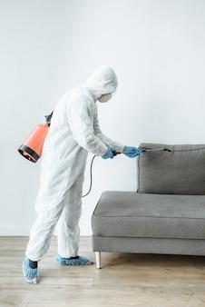 Usługi dezynfekcji i czyszczenia.