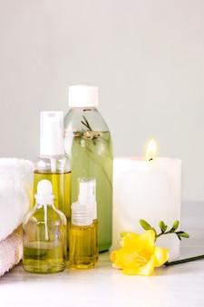 Ustawienie spa z olejkiem aromatycznym, styl vintage
