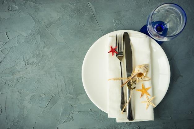 Ustawienie stołu letniego