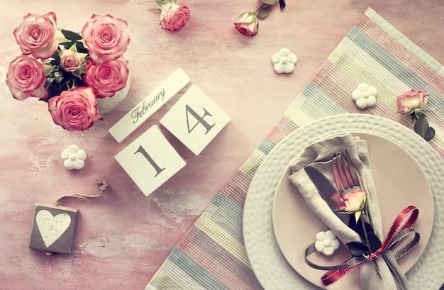 Ustawienie stołu na walentynki